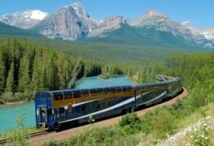 Complete Rocky Mountaineer's TRACKS and win GoldLeaf tickets