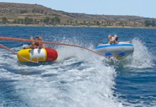 Larnaka a hit with British holidaymakers